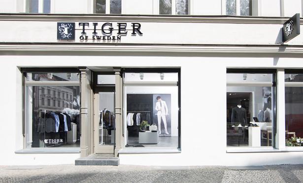 tiger of sweden er ffnet 2 shop in berlin 1st blue das modemagazin. Black Bedroom Furniture Sets. Home Design Ideas